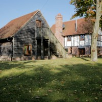 Manor_House_Loganberry_2